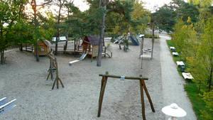 Spielplatz in Baabe, direkt hinter der Düne